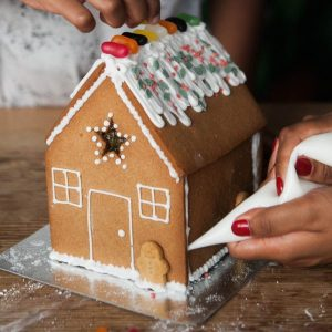 Honeywell Biscuit Co Gingerbread House Kit