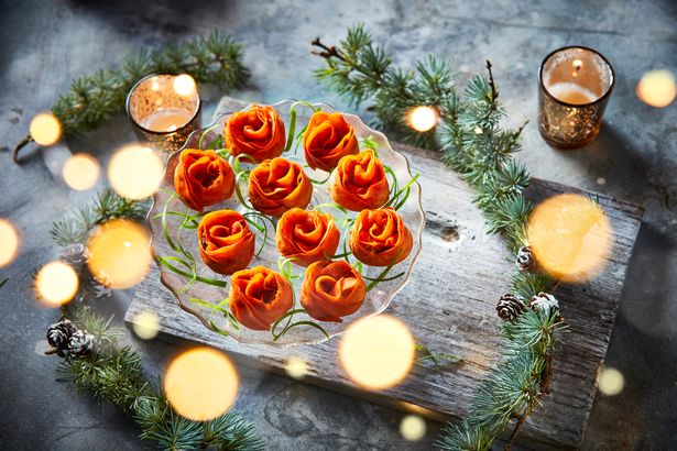 Iceland Luxury duck and orange roses