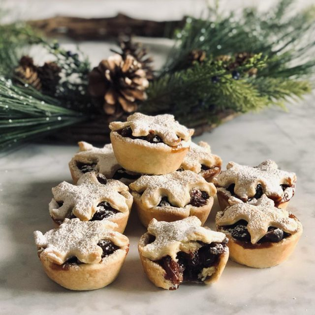 Chocolate Mince Pies with bite