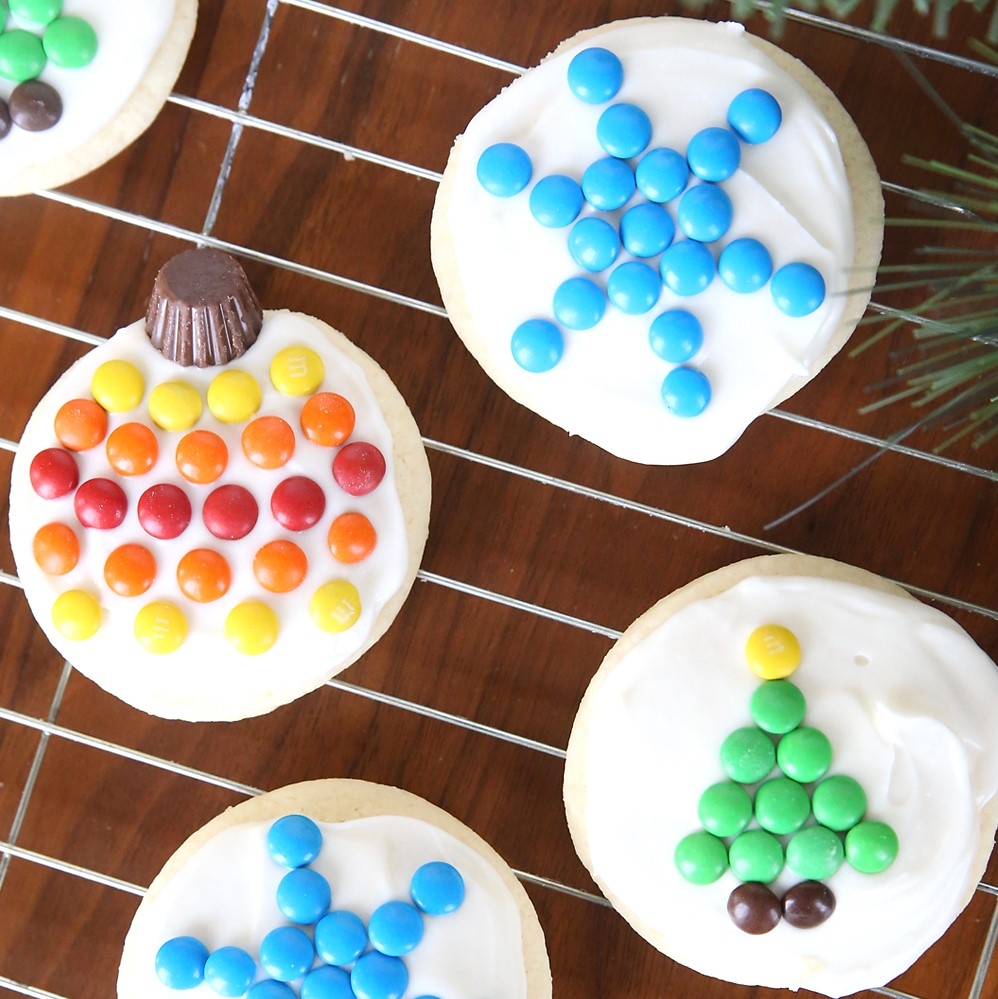 Easy Decorate M&M Christmas Cookies