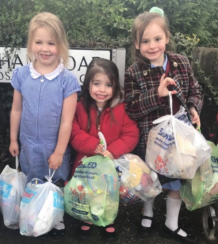 The Pay It Forward Team litter picking