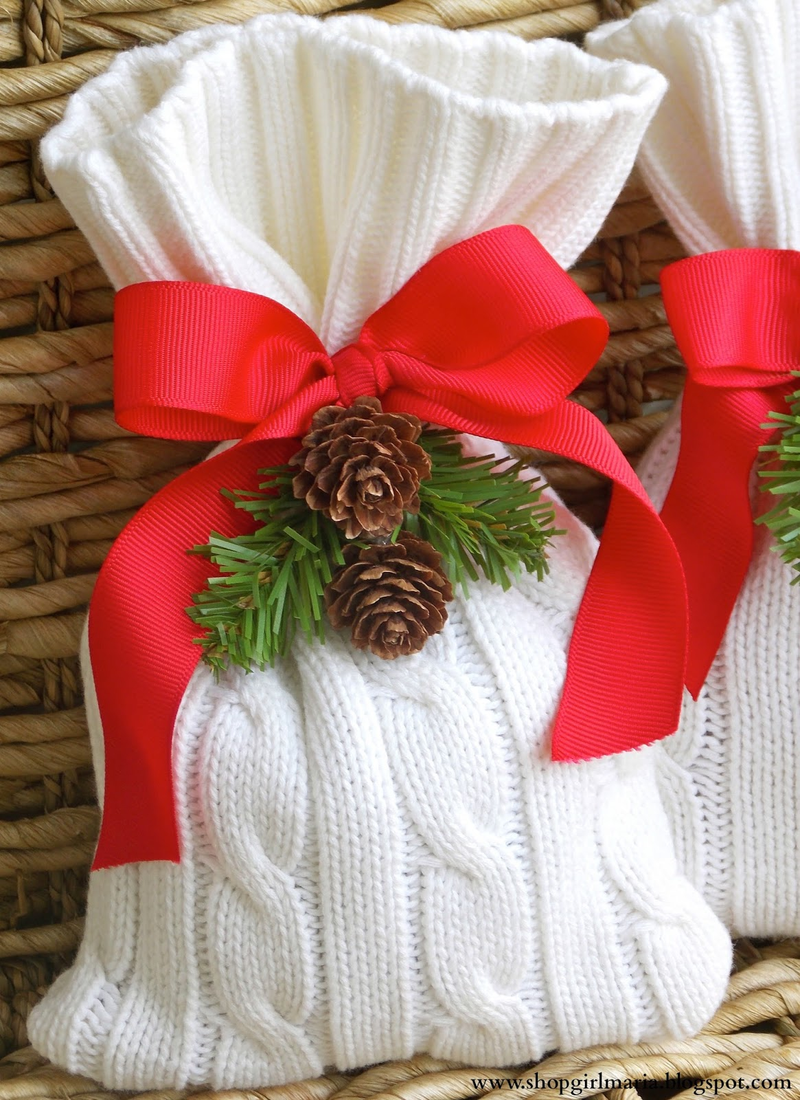 Christmas Sweater Treat Bag - alternative way to wrap your gifts