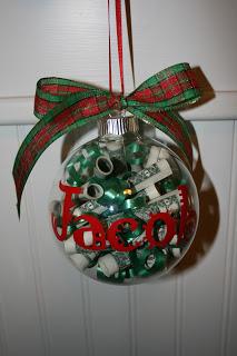 Family Mementos Christmas Money Ornaments