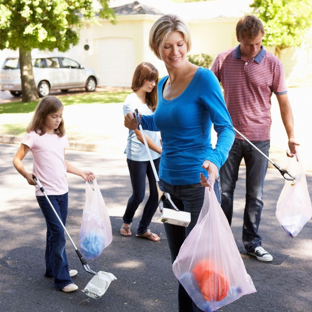 Family Litter Picking