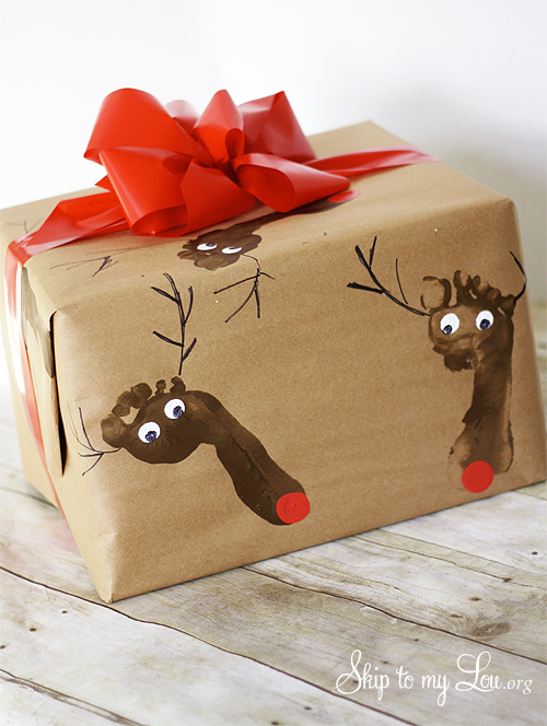 Skip to my Lou DIY Rudolph Wrapping Paper