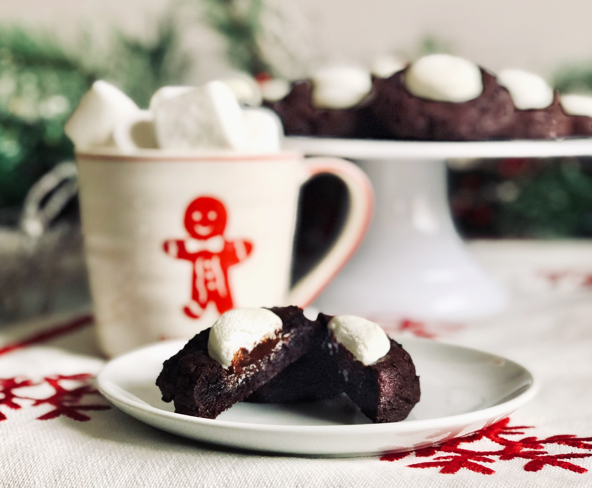 Hot chocolate cookies on cake stand