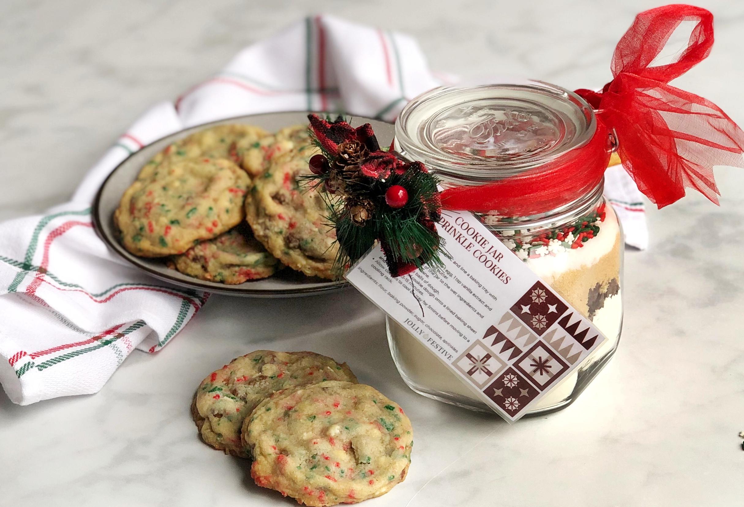 Cookie Jar Sprinkle Cookies with Jar