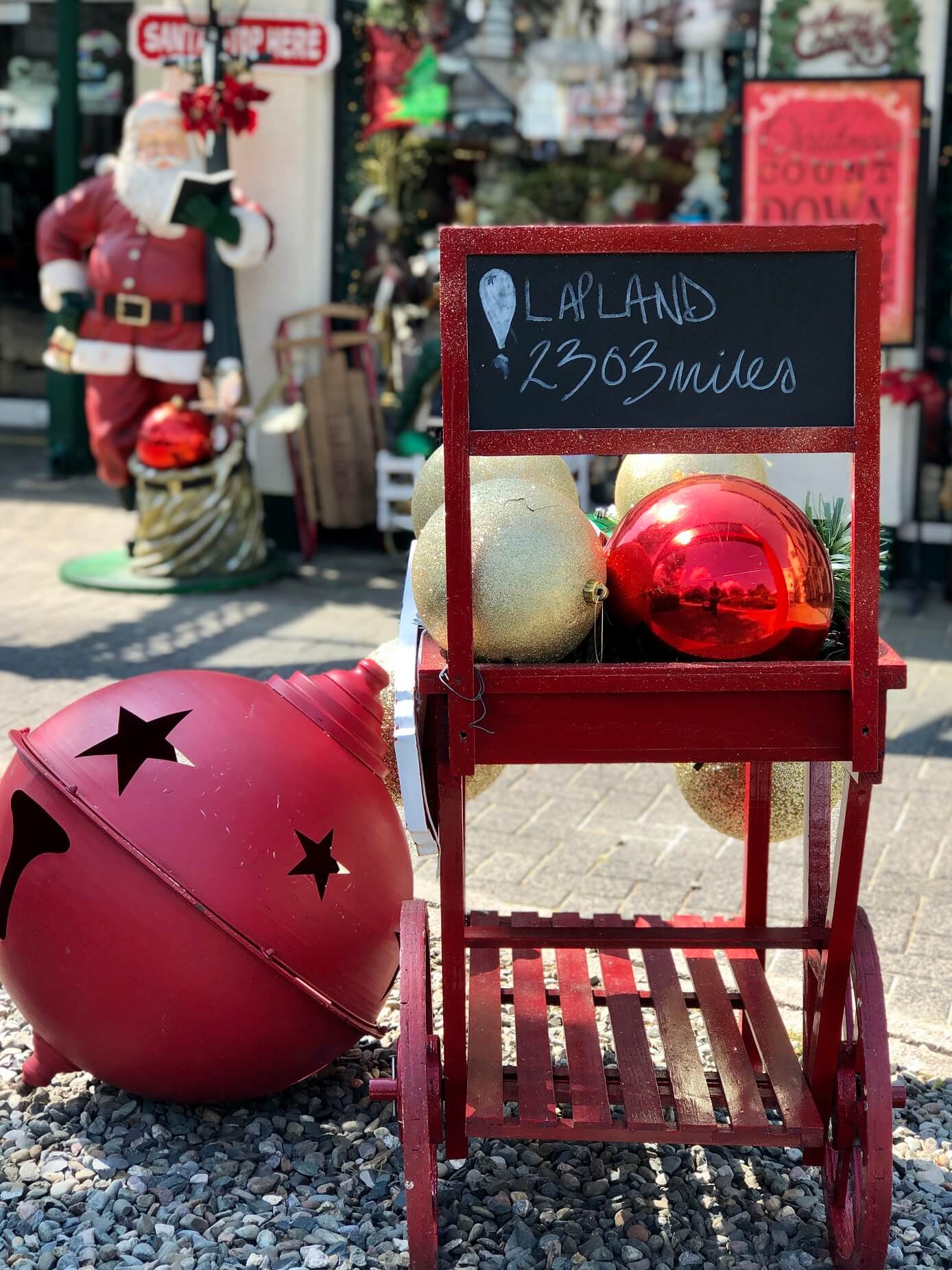 Christmas On The Lakes Oversized Bauble Exterior Display