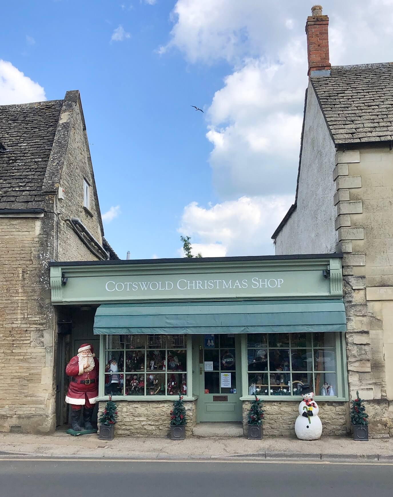 Cotswold Christmas Shop Front