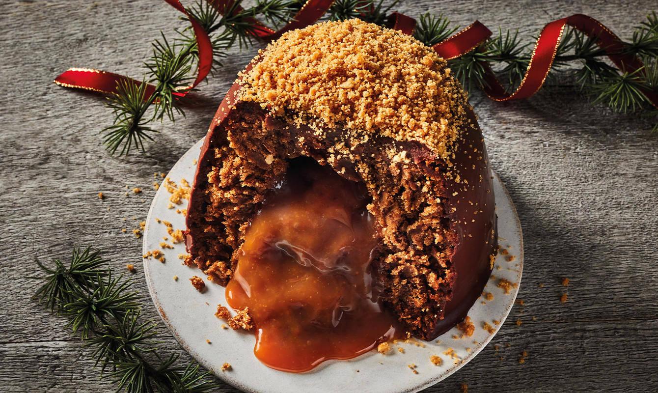 Iceland Luxury Millionaires Melting Pudding with Crumb